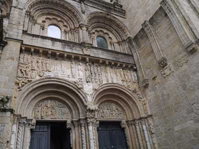The Old and New Testaments on the facade of the Cathedral from the Platerías